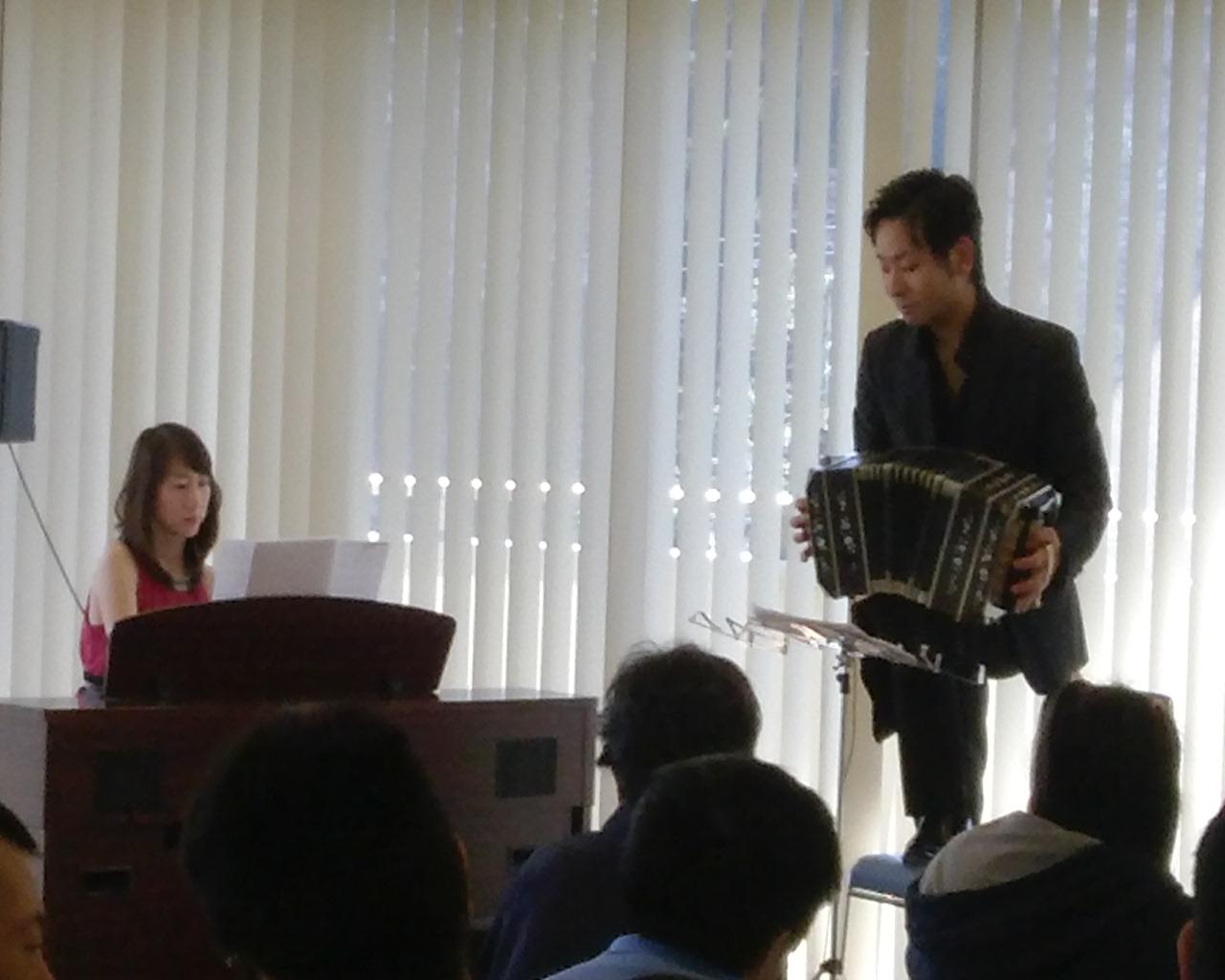 昨日は2ヶ所の鎌倉市の障害者施設を訪問して演奏してきました。みなさんじっと聞いてくださり、やりがいを感じる1日でした。 明日は長野県佐久市のホールにダンサーも一緒に演奏に行って参ります。